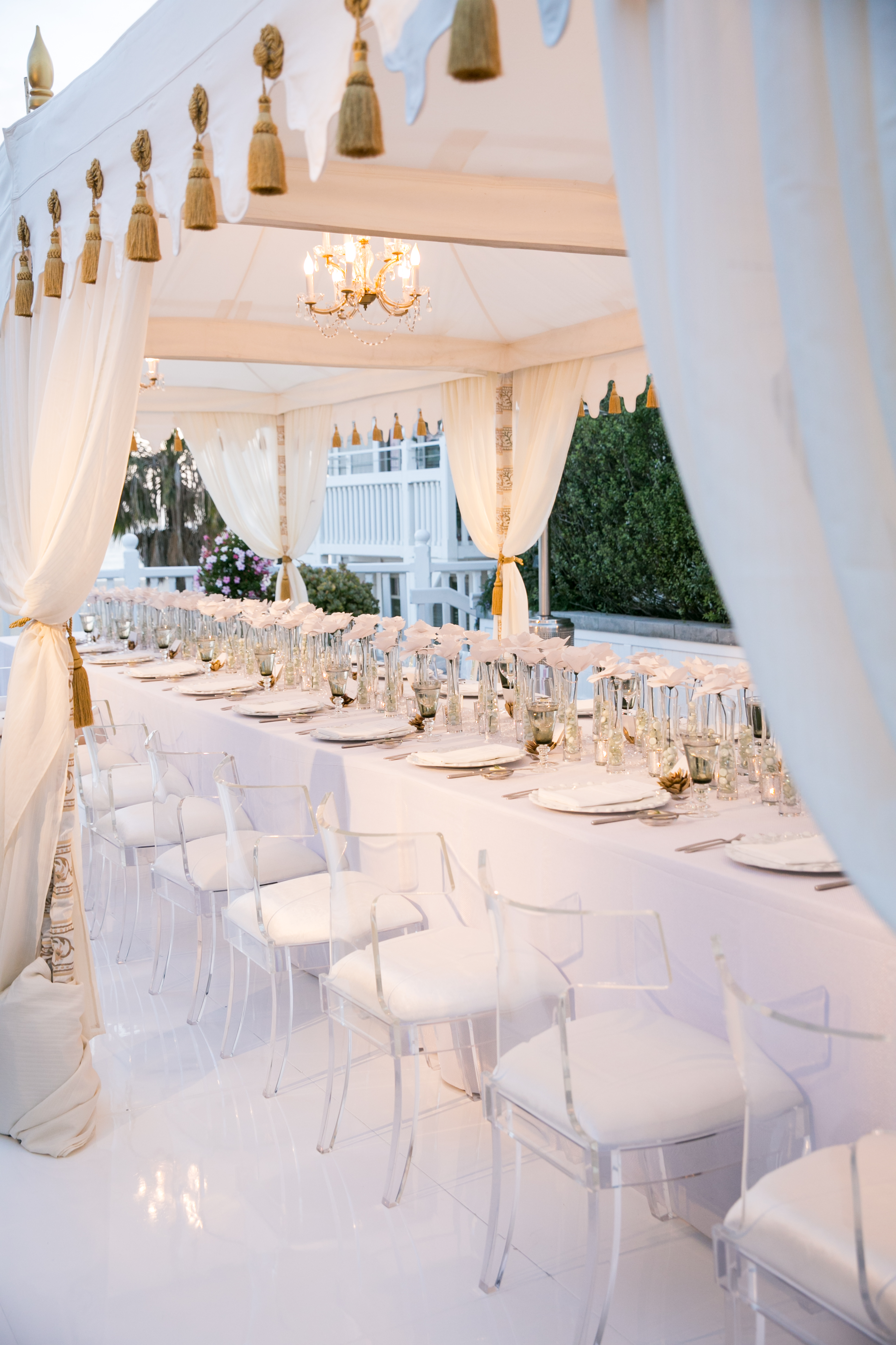 A Look Back The White Party At David Tutera S Event Planning Symposium Theoni Collection
